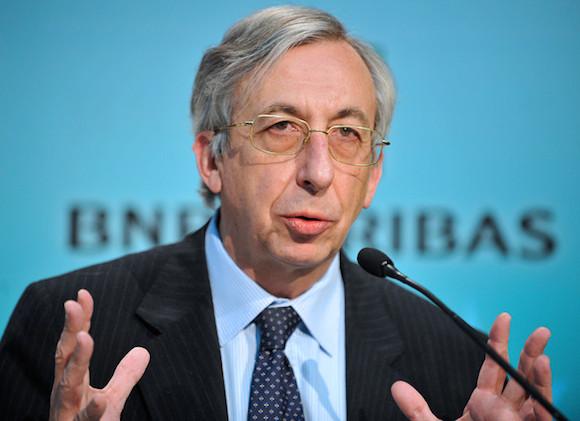 El banco dijo este jueves que el Jefe de Operaciones Georges Chodron de Courcel se retirará en septiembre.
