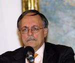 José Pertierra A