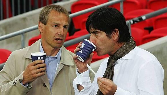 Hace varios años, en Alemania, Jurgen Klinsmann y Joachim Low. Foto: AFP