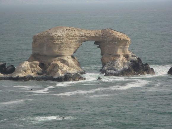 La Portada monumento natural en Antofagasta. Foto: Martha Tamayo y Pablo Véliz