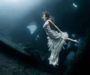 Las mujeres son verdaderas sirenas en cuanto a su belleza, pero también son buceadoras expertas que pueden aguantar la respiración bajo el agua durante 3 o 4 minutos.
