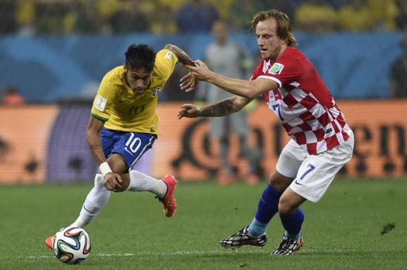 Neymar, el mejor por mucho en el partido Brasil-Croacia