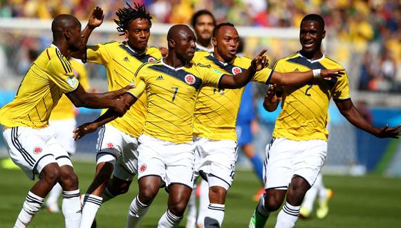 Pablo Armero celebra el primer gol de Colombia en esta Copa Mundial