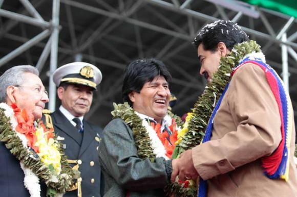Evo, Maduro y Raúl. Foto: Prensa Presidencial Venezuela
