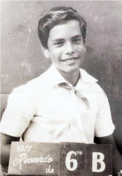 En 1977, cursando el 6to grado.