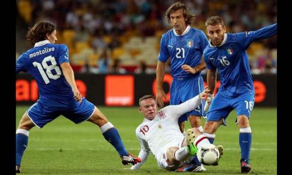 Inglaterra vs Italia en Copa Mundial de Fútbol Brasil 2014
