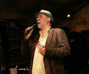 Pere Pons, responsable de la programación del  Jamboree, presentó a la artista cubana