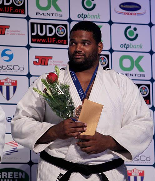 Oscar Brayson de Cuba Bronce en más de 100 kg en Grand Prix de Judo La Habana 2014. Foto: Ismael Francisco/CUbadebate.