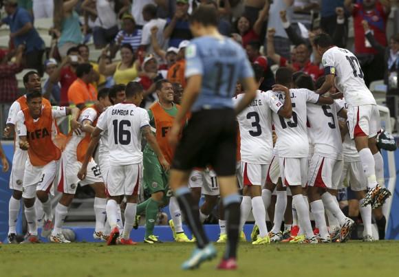 los mejores momentos del encuentro Uruguay-Costa Rica4567