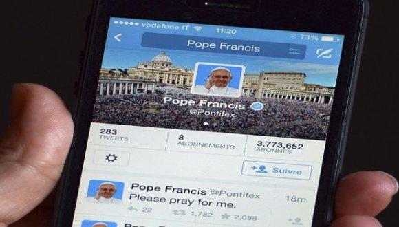 papa francisco twitter