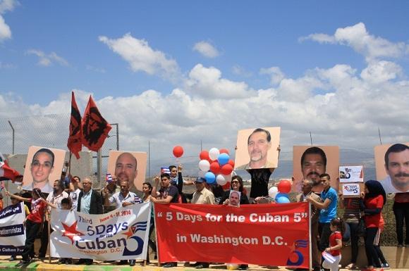 Amigos de Cuba piden libertad para los Cinco en frontera del Líbano con Israel.