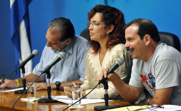 Intervención del Héroe de la Republica de Cuba, Fernando González, durante la Videoconferencia entre La Habana y Washington, sobre los Cinco Héroes, en el ministerio de Relaciones Exteriores de Cuba (MINREX), en La Habana, el 10 de junio de 2014. AIN FOTO/Marcelino VAZQUEZ HERNANDEZ