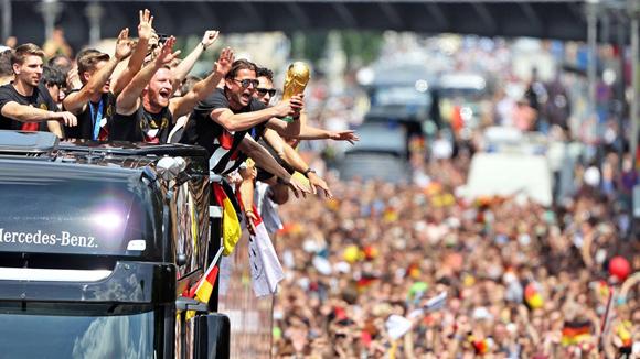 Alemania recibió a los campeones del mundo por todo lo alto. Foto: AFP