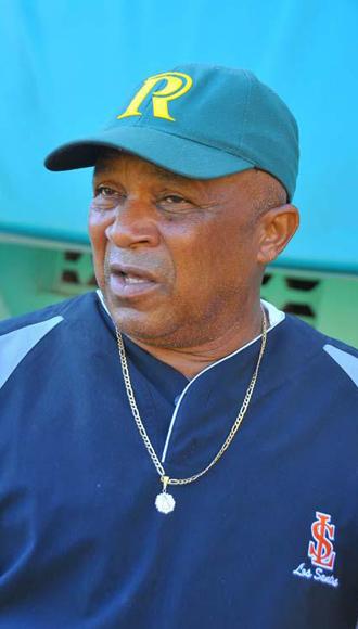Alfonso Urquiola, director del equipo Cuba.
