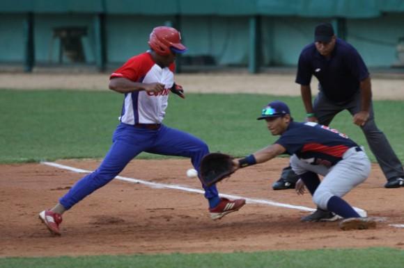 Primer juego del Tope de Béisbol Cuba-EE.UU, 23 de julio de 2014. Foto: Otmaro Rodríguez