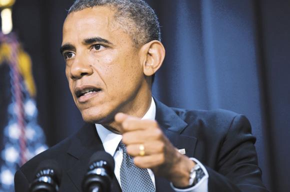 La demanda se centra en la decisión de Obama de aplazar la obligación, por parte de las empresas con más de 50 empleados, de ofrecer un seguro médico a sus empleados. Este es uno de los elementos clave de la reforma sanitaria, la ley adoptada en 2010 con el objetivo de ampliar la cobertura sanitaria a millones de personas que carecían de seguro. Foto: AFP.
