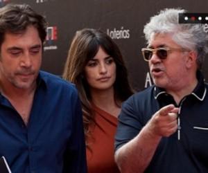 De izquierda a derecha, Bardem, Penélope Cruz y Almodóvar. Foto: EFE (Archivo).
