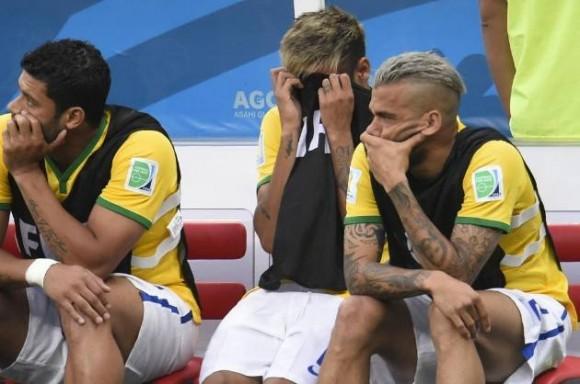 Brasil pierde 2