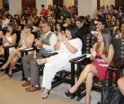 Alumnos de la Facultad de Comunicación de la Universidad de La Habana, durante el  acto  de graduación  realizado en el Aula Magna de ese centro de altos estudios, el 10 de julio de 2014.  AIN FOTO/Abel PADRÓN PADILLA/