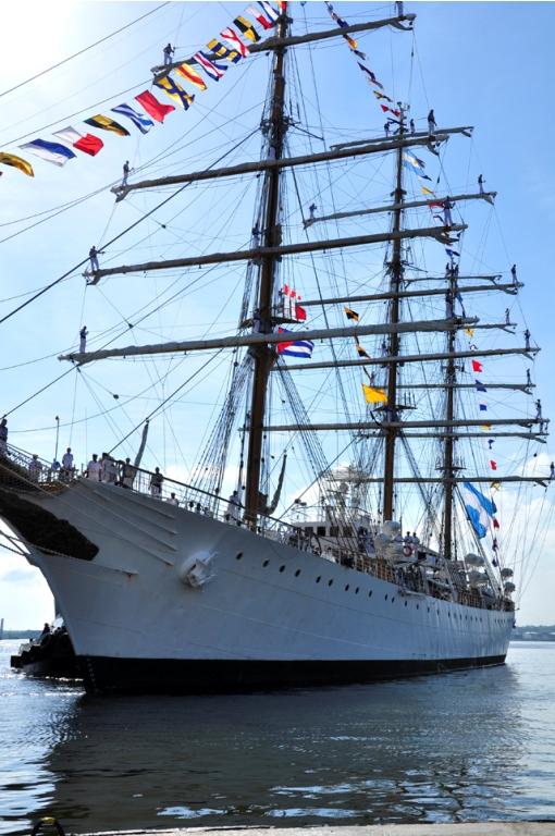 Fragata Libertad de la Armada Argentina.