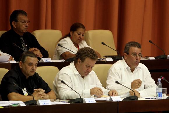 Reunión de intercambio con los diputados a la Asamblea Nacional del Poder Popular. Foto: Ladyrene Pérez/Cubadebate.