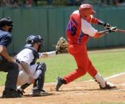 Tercer juego del tope de béisbol entre los equipos de Cuba y Estados Unidos, realizado en el estadio Capitán San Luís de la ciudad de Pinar del Río, el 26 de julio de 2014.AIN FOTO/Abel PADRÓN PADILLA