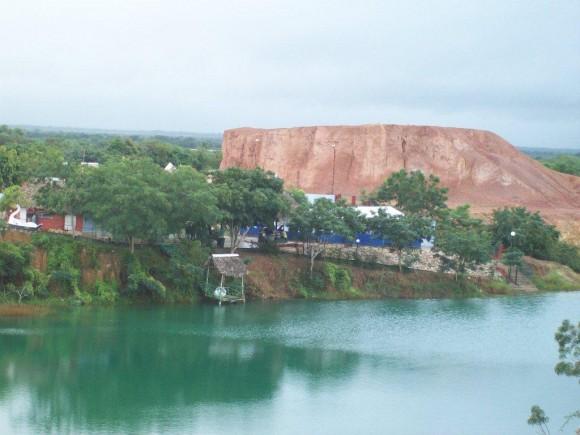 Lago Azul, Las Tunas. Foto Juan Rafael García Sondón