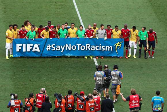 NO al racismo.