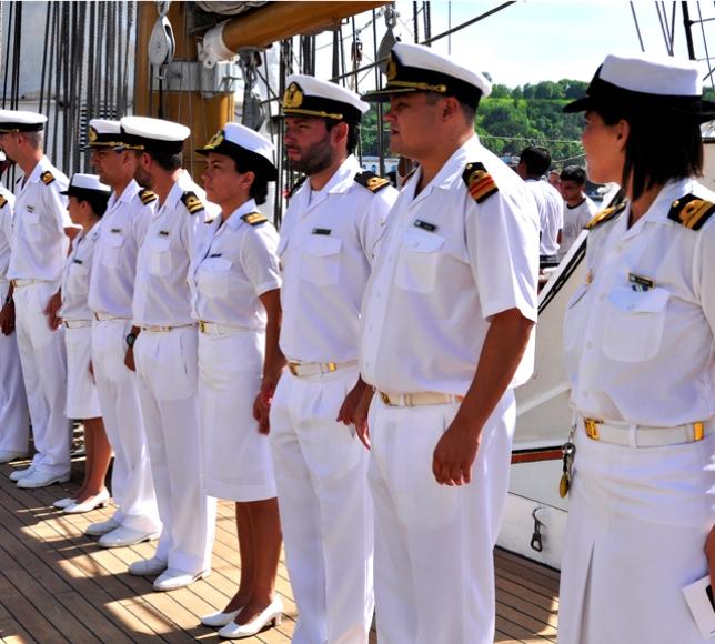 Oficilidad de cubierta de la Armada Argentina.