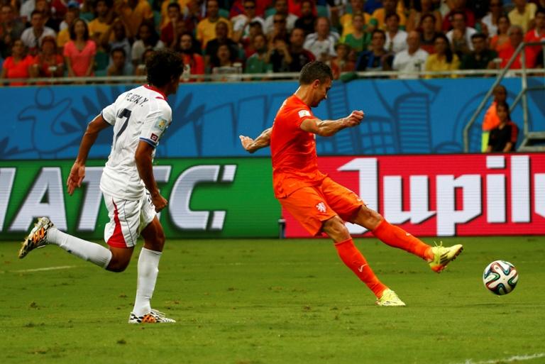 Holanda venció a Costa Rica y se clasificó para semifinales