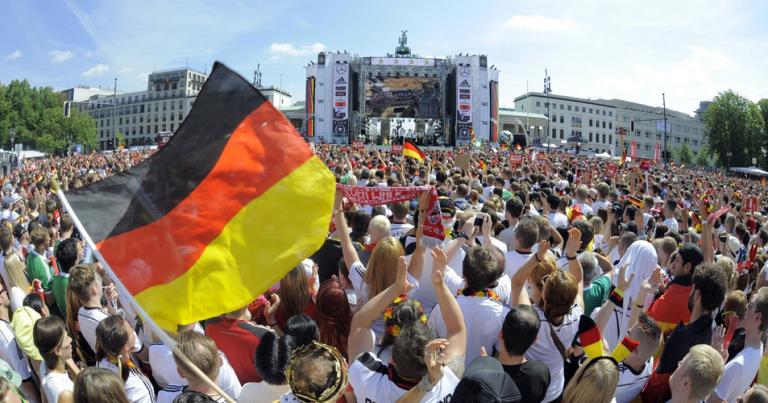 Recibimiento a campeones alemanes futbol 1