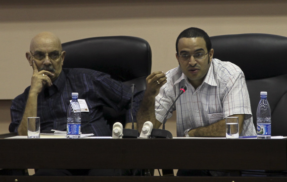 Antonio Moltó, Presidente de la UPC y Rubiel García González, Presidente de la AHS. Foto: Ladyrene Pérez/Cubadebate.