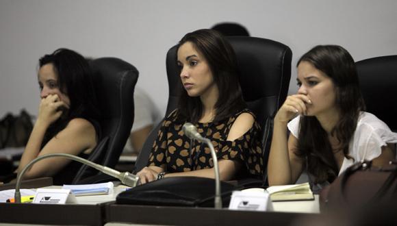 Comisión Atención a la juventud, la niñez y la igualdad de derechos de la mujer. Foto: Ismael Francisco/Cubadebate.