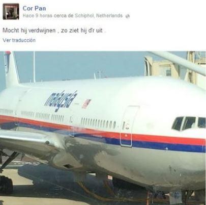 """Un pasajero holandés que se subió al avión que terminó estrellándose tras ser derribado, tomó una foto del vuelo MH-17, antes de subirse a la aeronave, señala Crónica. """"Cor Pan"""" estuvo en el avión derribado sobre territorio ucraniano, pero momentos antes de embarcar subió a sus redes sociales una foto desde el pasillo del aeropuerto Schiphol de Amsterdam, con la leyenda """"por si se pierde el avión, así se veía""""."""