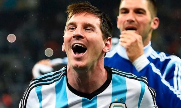 Messi celebró así el pase a la final del Mundial. Foto: EFE.