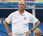 Felipao Scolari podría haber dirigido su último partido con la selección de Brasil. (AFP)