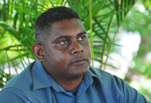 Amilkar Chacon Iznaga, pintor y profesor de arte. Foto: Ladyrene Pérez/ Cubadebate.