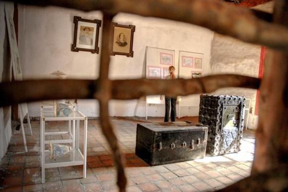 Venga y as mese a la casa m s antigua de holgu n cubadebate for Como decorar una casa antigua