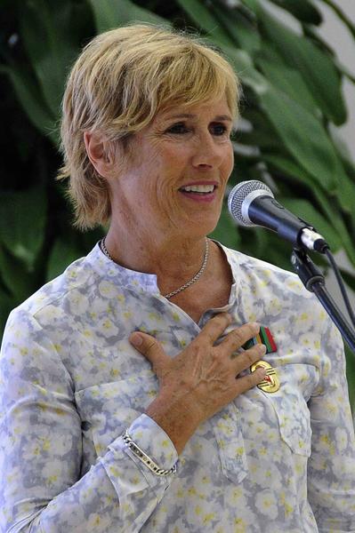Intervención de Diana Nyad, nadadora norteamericana, quien fue condecorada  con la Orden al Mérito Deportivo, concedida por el Consejo de Estado de la República de Cuba, Nyad es la primera persona que logró cruzar a nado el Estrecho de la Florida, en La Habana, el 30 de agosto de 2014. Foto: Marcelino VAZQUEZ HERNANDEZ/sdl