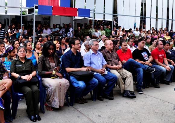 """Público asistente a la presentación del libro """"El destino común de Nuestra América"""". FOTO: Roberto Garaicoa/CUBADEBATE."""