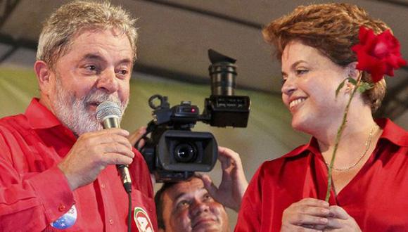 Dilma Rousseff y Luiz Inacio Lula da Silva durante campaña del 2010. Foto: Reuters (Archivo).