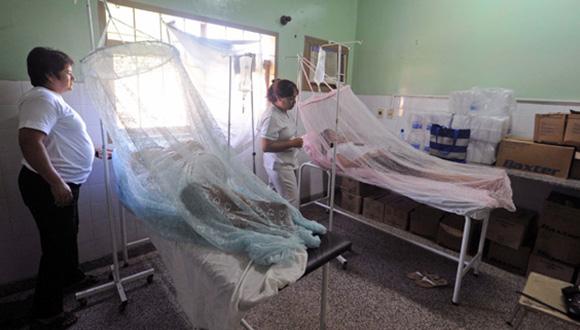 Enfermos de dengue en Paraguay. Foto: AP (Archivo).