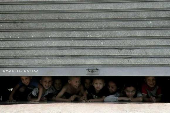 Estos niños de #Gaza sin hogar son los niños del mundo, son nuestros niños, somos nosotros.