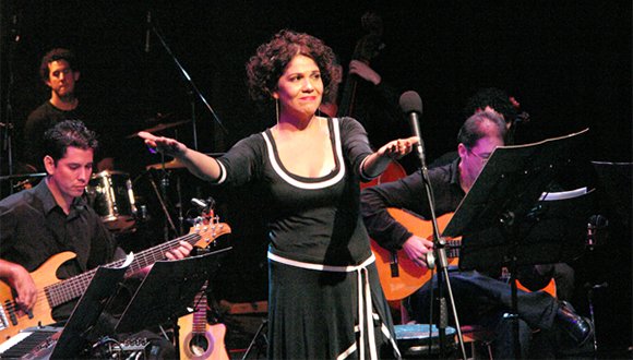 La cantante cubana Ivette Cepeda. Foto tomada de Juventud Rebelde