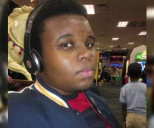 Protestan en Washington por asesinato de joven negro en Ferguson