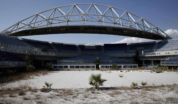 Ruinas de las instalaciones de Atenas 2004 1