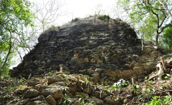 Hallan dos nuevas ciudades mayas en la selva mexicana Ciudad-maya-mexico-580x357