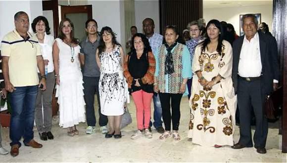 Víctimas del conflicto colombiano participan en los diálogos de paz en La Habana. FOTO: EFE.