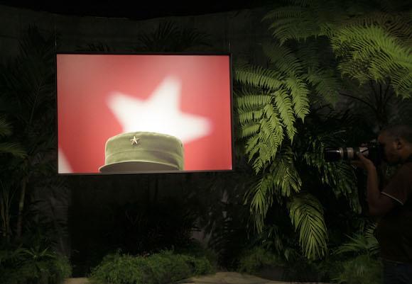 Inauguran en Cuba exposición fotográfica de Roberto Chile dedicada a Fidel Castro. Foto: Ismael Francisco/ Cubadebate