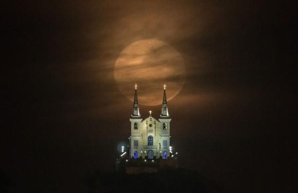 Iglesia Nossa Senhora da Penha en Rio de Janeiro. Foto: AFP.